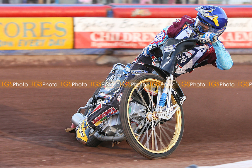 Heat 5: Jonas Davidsson in action - Sky Sports Elite League Speedway at Arena Essex Raceway, Purfleet, Essex - 24/06/09- MANDATORY CREDIT: Gavin Ellis/TGSPHOTO - Self billing applies where appropriate - 0845 094 6026 - contact@tgsphoto.co.uk - NO UNPAID USE.