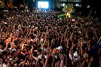 PA - CIRIO/TRASLADACAO-CIDADE - ** ATENCAO, EDITOR: FOTO EMBARGADA PARA VEICULOS DO ESTADO DO PARA ** das 12  romarias oficiais do Cirio de Nazare a Trasladacao Imagem Peregrina segue em procissao luminosa pelas principais ruas da capital, sendo acompanhada por uma multidao de mais 1 milhao de romeiros, ate a chegada na Catedral Metropolitana de Belem, no final da noite. Uma das maiores procissões catolicas do Brasil, o Círio de Nazare, ganhou o titulo de patrimonio cultural imaterial da humanidade,vista da sacada do projeto varanda de nazare com presença  Fafa de Belem , Fabio de Melo e Cissa Guimaraes.neste sabado(11).<br /> Foto: TARSO SARRAF Cirio de Nazaré