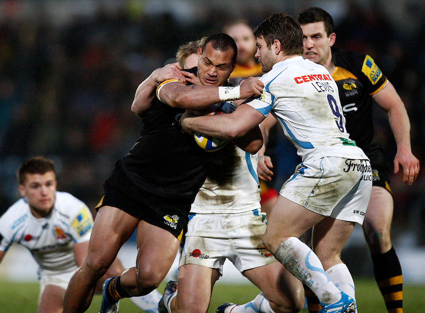 Photo: Richard Lane/Richard Lane Photography. London Wasps v Exeter Chiefs. Aviva Premiership. 05/01/2014. Wasps' Will Helu attacks.