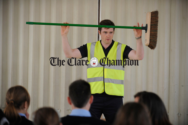 Canice Bannon of Edcoms, performs for sixth class pupils of Scoil Chriost Ri, Cloughleigh, as part of the Wrigleys Bin It Tour anti gum litter campaign. Photograph by John Kelly.