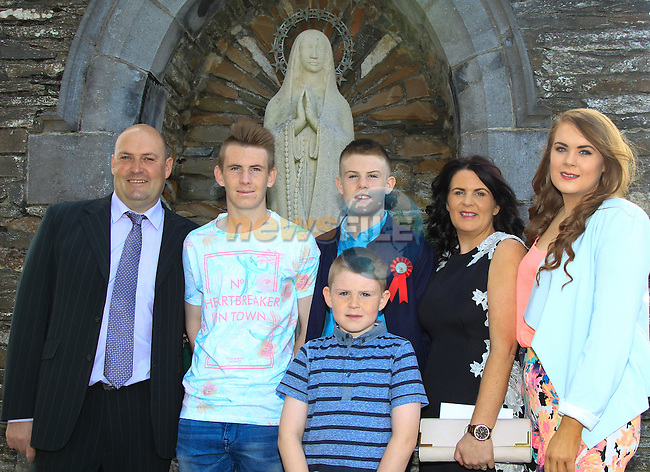 Martin, Conor, Craig, Gina, Lauren and Calum Shelving during Confirmation at St. Michael's Clogherhead on Saturday 9th May 2015.<br /> Picture:  Thos Caffrey / www.newsfile.ie