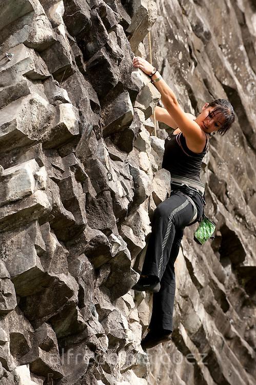 Climbing at Boquete, Panamá