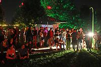 Gross-Gerau 26.08.2017: Volk im Schloss<br /> Auftritt von Skinny Lister bei Volk im Schloss im Schloss Dornberg<br /> Foto: Vollformat/Marc Sch&uuml;ler, Sch&auml;fergasse 5, 65428 R'heim, Fon 0151/11654988, Bankverbindung KSKGG BLZ. 50852553 , KTO. 16003352. Alle Honorare zzgl. 7% MwSt.