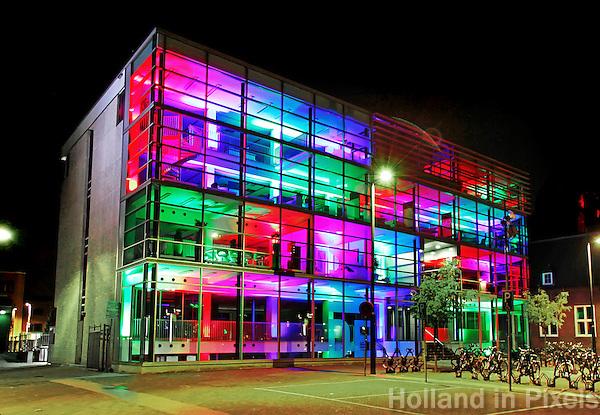 Kantoor  met gekleurde LED  verlichting in Eindhoven