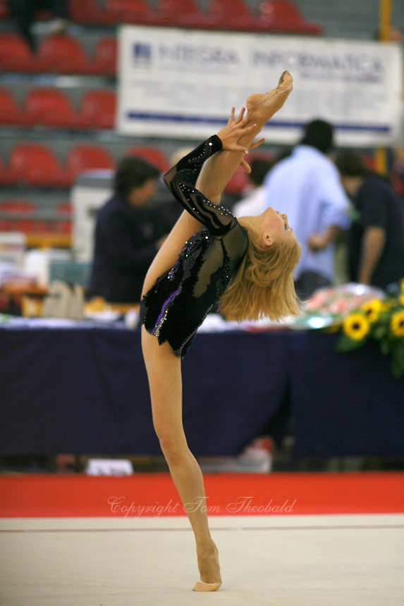 Irina Kovalchuk of Ukraine holds balance during gala exhibition at 2006 Trofeo Cariprato in Prato, Italy on June 17, 2006. Irina took 2nd place in this international invitational.  (Photo by Tom Theobald)