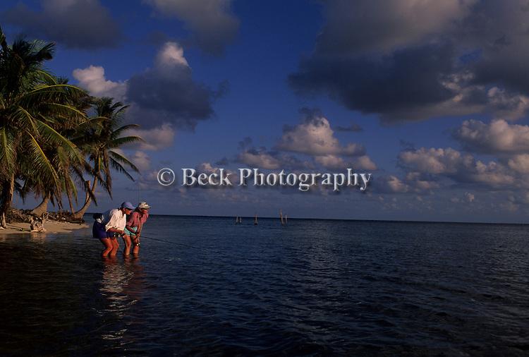 Fly fishing Calabash Caye, Turneffe Flats, Belize