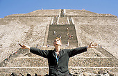 David Bowie - during the Earthlink World Tour at the pyramids of Teotihuacan in Mexico City Mexico - October 20, 1997.  Photo credit: Fernando Aceves/Dalle/IconicPix **UK ONLY**