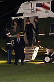 United States President George W. Bush, first lady Laura Bush and their daughter Barbara arrive via Marine one on the South Lawn on the The White House, November 23, 2008, Washington DC.<br /> Credit: Aude Guerrucci / Pool via CNP