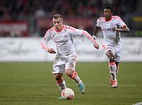 FUSSBALL   1. BUNDESLIGA  SAISON 2012/2013   12. Spieltag 1. FC Nuernberg - FC Bayern Muenchen      17.11.2012 Xherdan Shaqiri und David Alaba (FC Bayern Muenchen)