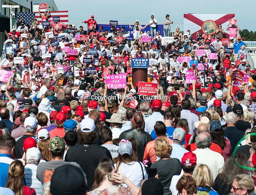 October 25, 2016 - Sanford, FL, U.S: Republican presidential nominee Donald Trump speaks to a crowd at Orlando Sanford International Airport Million Air Hanger in Sanford, Fl.  Romeo T Guzman/CSM