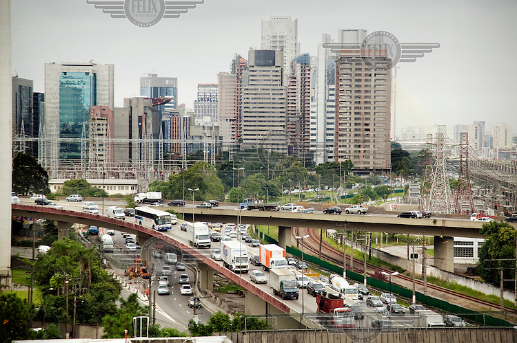 Traffic entering and leaving central Sao Paulo.