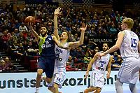 GRONINGEN - Basketbal, Donar - ZZ Leiden, Martiniplza, Halve finale NBB beker, seizoen 2018-2019, 13-02-2019, Leiden speler Darius Thompson in duel met /Donar speler Thomas Koenes