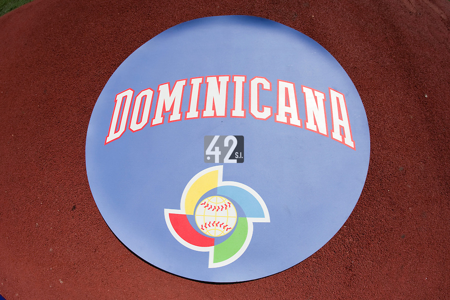 7 March 2009: The World Baseball Classic logo is seen next to the Dominican Republic font illustration during the 2009 World Baseball Classic Pool D match at Hiram Bithorn Stadium in San Juan, Puerto Rico. Netherlands pulled off a huge upset in their World Baseball Classic opener with a 3-2 victory over Dominican Republic.