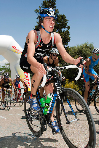 31 MAY 2009 - MADRID,ESP - Oliver Freeman - ITU World Championship Series Mens Triathlon (PHOTO (C) NIGEL FARROW)