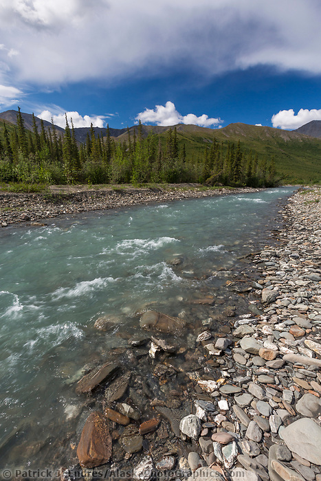 Dietrich river in Alaska's Arctic, Brooks Range mountains.