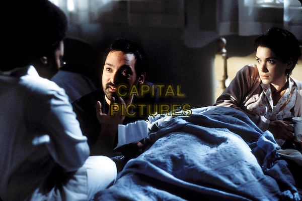 WHOOPI GOLDBERG, JAMES MANGOLD (Director), WINONA RYDER.on set of Girl Interrupted.Filmstill - Editorial Use Only.CAP/AWFF.Supplied by Capital Pictures.