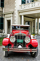 A classic Franklin Roadster sits in front of the Hildene mansion, Manchester, Vermont, USA.