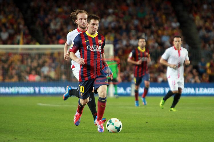 League BBVA 2013/2014 - Game: 04.<br /> 2013-09-14: FC Barcelona vs Sevilla FC: 3-2.<br /> Lionel Messi vs Rakitic.