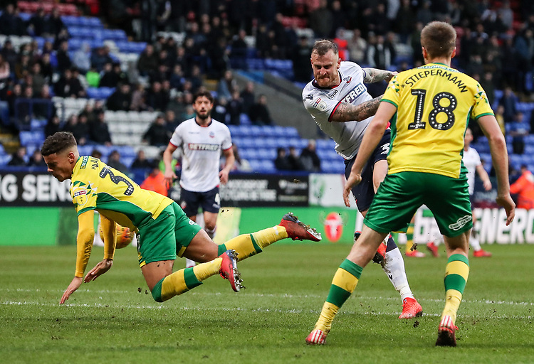 Bolton Wanderers' David Wheater shoots at goal <br /> <br /> Photographer Andrew Kearns/CameraSport<br /> <br /> The EFL Sky Bet Championship - Bolton Wanderers v Norwich City - Saturday 16th February 2019 - University of Bolton Stadium - Bolton<br /> <br /> World Copyright © 2019 CameraSport. All rights reserved. 43 Linden Ave. Countesthorpe. Leicester. England. LE8 5PG - Tel: +44 (0) 116 277 4147 - admin@camerasport.com - www.camerasport.com