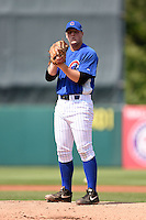 Donny Everett (22) of Clarksville High School in Clarksville, Tennessee playing for the Chicago Cubs scout team during the East Coast Pro Showcase on July 31, 2014 at NBT Bank Stadium in Syracuse, New York.  (Mike Janes/Four Seam Images)