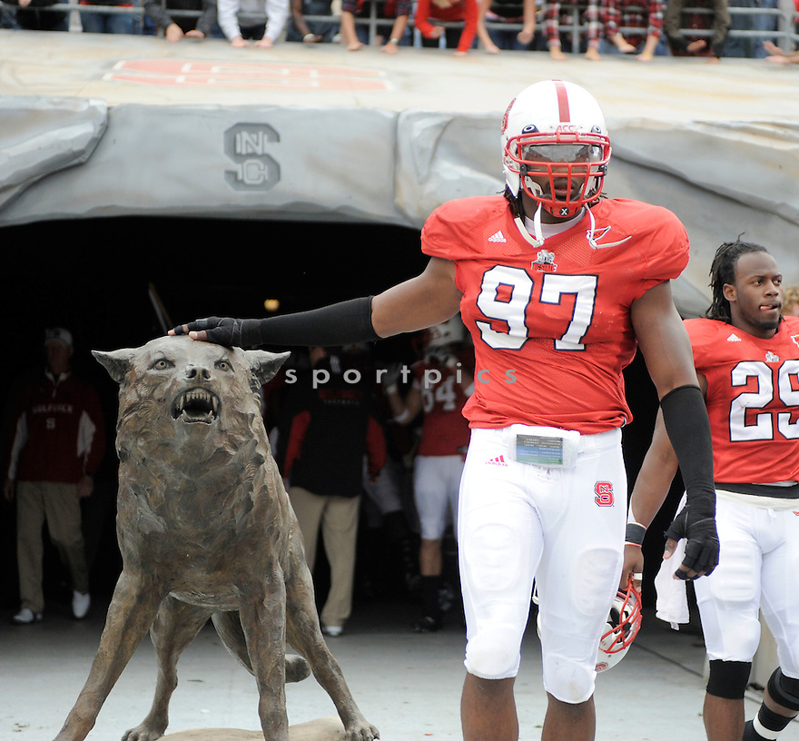 WILLIE YOUNG, of the North Carolina State Wolfpack, in action during the Wolfpacks game against the Clemson Tigers on November 14, 2009 in Raleigh, NC. Clemson won 43-23.