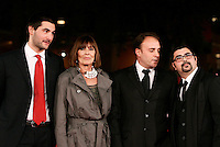 "Marisa De Santis, seconda da sinistra, posa con i figli Luca, a sinistra, e Gianmarco, e col regista Francesco Del Grosso, a destra, sul red carpet per la presentazione del film documentario ""Undici metri"" sul marito Agostino Di Bartolomei, al Festival Internazionale del Film di Roma, 31 ottobre 2011..Marisa Di Bartolomei, second from left, poses with her sons Luca, left, and Gianmarco, second from right, and with director Francesco Del Grosso, on the red carpet of the movie ""11 metri'"" on her husband Agostino Di Bartolomei, at the 6th edition of the Rome International Film Festival in Rome, .UPDATE IMAGES PRESS/Riccardo De Luca"