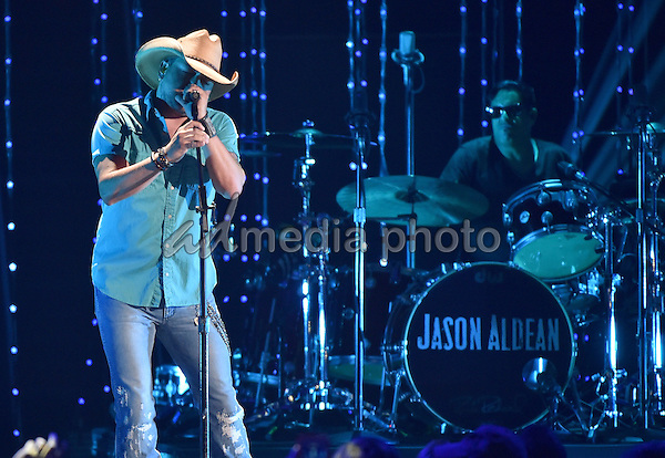 10 June 2015 - Nashville, Tennessee - Jason Aldean. 2015 CMT Music Awards held at Bridgestone Arena. Photo Credit: Laura Farr/AdMedia