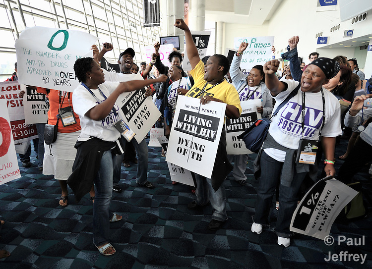 Health workers from Africa march at the XVII International AIDS Conference in Mexico City, demanding greater attention to the global shortage of health workers to deal with the AIDS pandemic. .