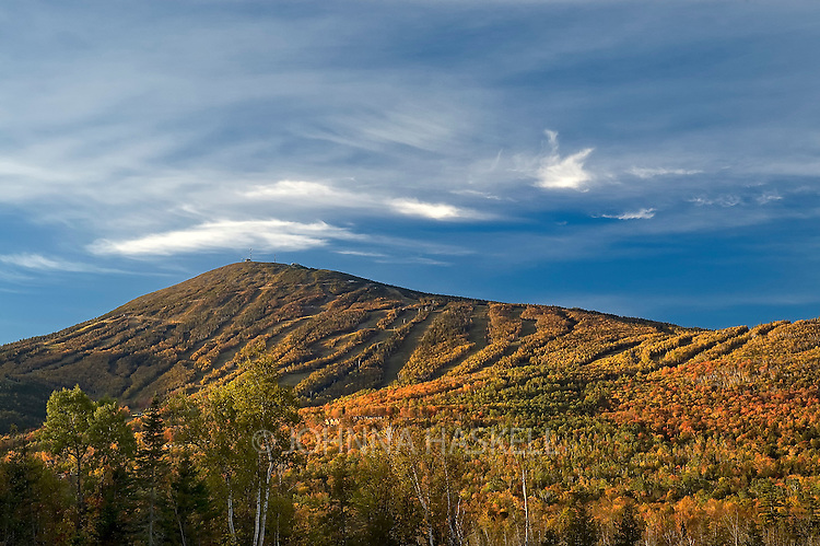 Sugarloaf Mountain in fall colors, Carrabassett Valley, Maine.