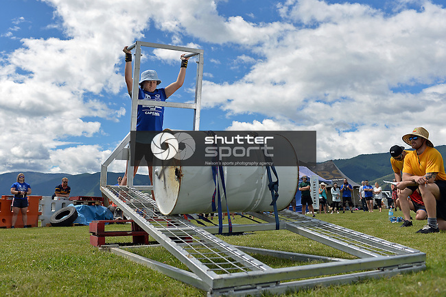 NELSON, NEW ZEALAND - NOVEMBER 19: 2016 Vortex Spas Strongman Event Day 1 at the 2016 Nelson A&P Show, Nelson, November 19, New Zealand. (Photo by: Barry Whittnall/Shuttersport Limited)