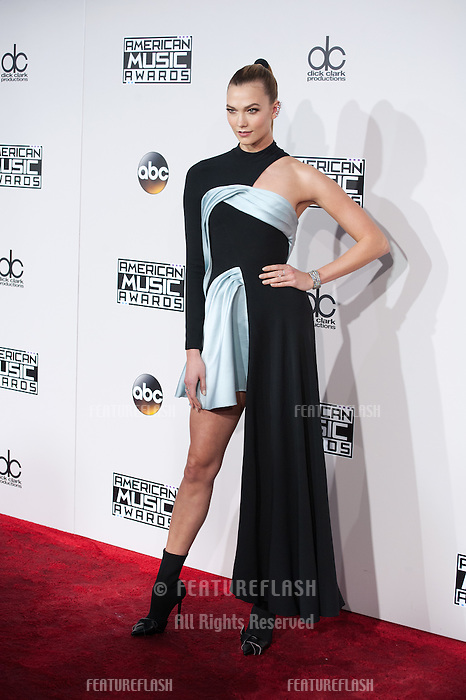 LOS ANGELES, CA. November 20, 2016: Model Karlie Kloss at the 2016 American Music Awards at the Microsoft Theatre, LA Live.<br /> Picture: Paul Smith/Featureflash/SilverHub 0208 004 5359/ 07711 972644 Editors@silverhubmedia.com
