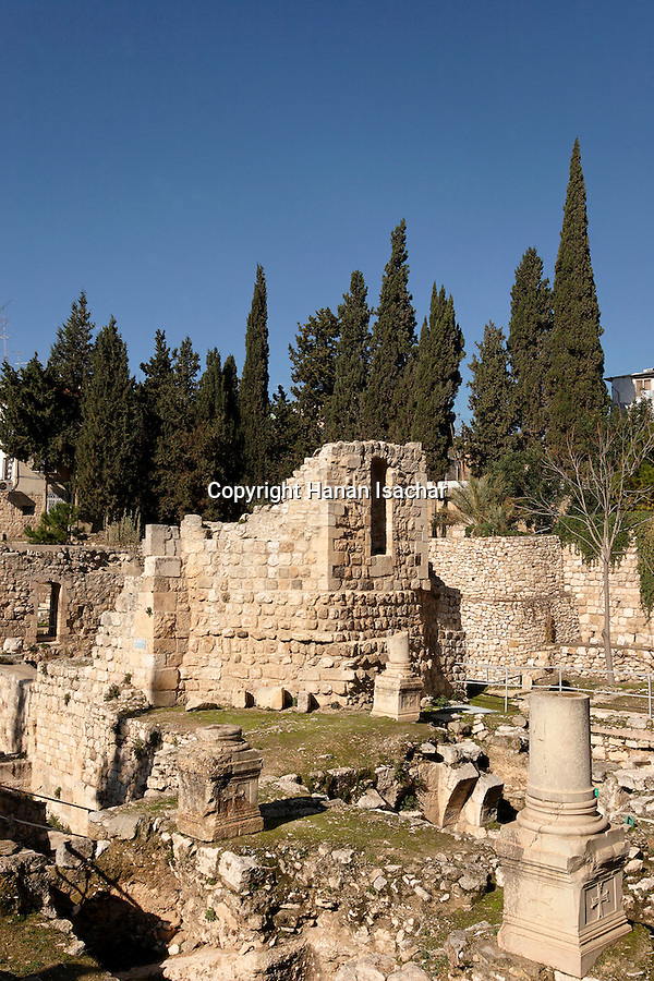 Israel, Jerusalem, The Pool of Bethesda, the ruins of the Byzantine church<br />
