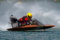 999-V    (Outboard Hydroplane)
