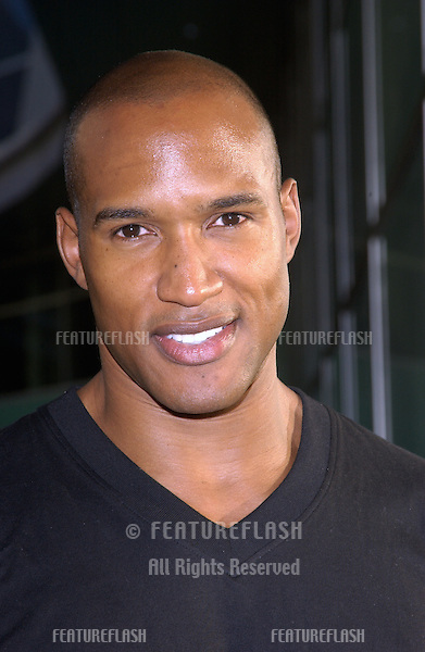 Actor HENRY SIMMONS at the world premiere, in Hollywood, of Catwoman..July 19, 2004
