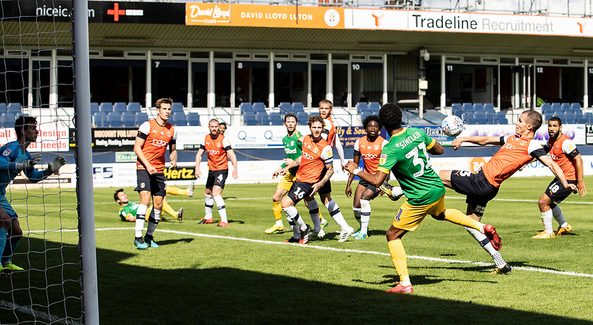 Luton Town's Dan Potts (2nd right) cuts out a Preston North End corner kick<br /> <br /> Photographer Andrew Kearns/CameraSport<br /> <br /> The EFL Sky Bet Championship - Luton Town v Preston North End - Saturday 20th June 2020 - Kenilworth Road - Luton<br /> <br /> World Copyright © 2020 CameraSport. All rights reserved. 43 Linden Ave. Countesthorpe. Leicester. England. LE8 5PG - Tel: +44 (0) 116 277 4147 - admin@camerasport.com - www.camerasport.com