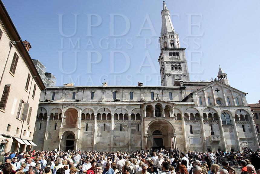 Il Duomo e la Torre Ghirlandina in Piazza Grande a Modena.<br /> The Duomo and the Torre Ghirlandina at top right, in Piazza Grande, Modena.<br /> UPDATE IMAGES PRESS/Riccardo De Luca