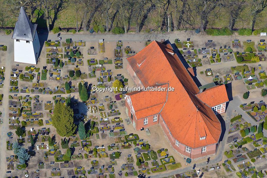 St. Severini in Hamburg Kirchwerder: EUROPA, DEUTSCHLAND, HAMBURG, BERGEDORF 21.04.2013: Die Kirche St. Severini steht in Vierlanden, im Hamburger Stadtteil Kirchwerder.