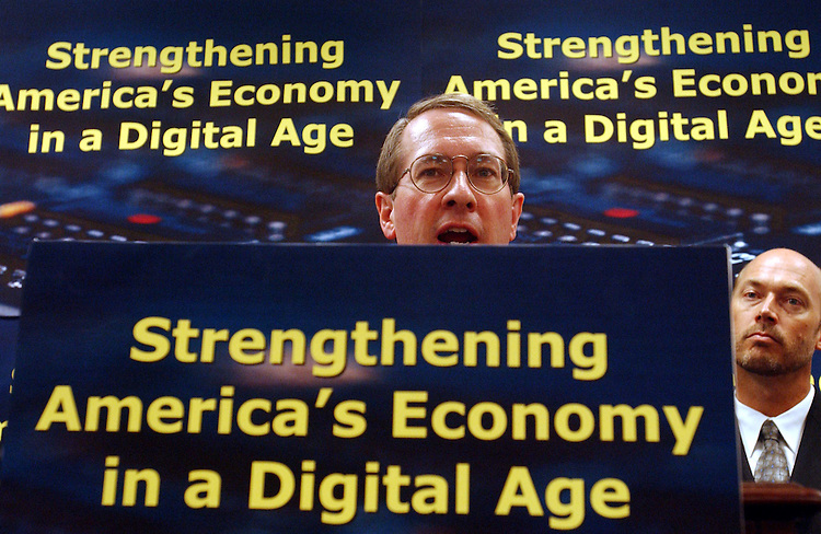 "9/17/03.HIGH-TECH WORKING GROUP--during a news conference announcing the group's ""pledge to build on existing accomplishments and continue to advance tech-friendly initiatives which strengthen the economy, improve quality of life and increase national security."".CONGRESSIONAL QUARTERLY PHOTO BY SCOTT J. FERRELL"