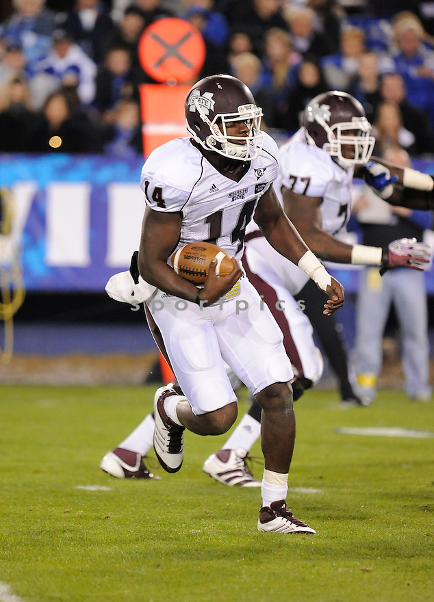 CHRIS RELF, of the Mississippi State Bulldogs, in action during Mississippi's game against the Kentucky Wildcats on October 29, 2011 at Commonwealth Stadium in Lexington, KY. Mississippi State beat Kentucky 28-16..