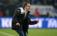 FUSSBALL   1. BUNDESLIGA   SAISON 2012/2013    23. SPIELTAG FC Schalke 04 - Fortuna Duesseldorf                        23.02.2013 Trainer Norbert Meier (Duesseldorf) jubelt nach dem 1:1