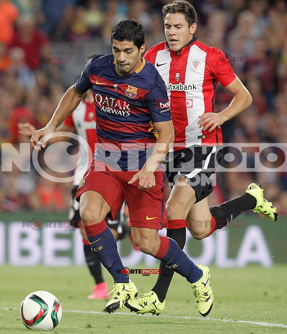 FC Barcelona's Luis Suarez (l) and Athletic de Bilbao's Gorka Elustondo during Supercup of Spain 2nd match.August 17,2015. (ALTERPHOTOS/Acero)