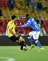 BOGOTA - COLOMBIA - 17 - 07 - 2016: Dairon Asprilla (Der.) jugador de Millonarios disputa el balón con Jonathan Avila (Izq.) jugador de Alianza Petrolera, durante partido de la fecha 4 entre Millonarios y Alianza Petrolera, de la Liga Aguila II-2016, jugado en el estadio Nemesio Camacho El Campin de la ciudad de Bogota.  / Dairon Asprilla (R) player of Millonarios vies for the ball with Jonathan Avila (L) player of Alianza Petrolera, during a match between Millonarios and Alianza Petrolera,  for the date 4 of the Liga Aguila II-2016 at the Nemesio Camacho El Campin Stadium in Bogota city, Photo: VizzorImage / Luis Ramirez / Staff.