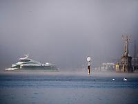 Imperia an Einfahrt zum Hafen Konstanz, Baden-W&uuml;rttemberg, Deutschland, Europa<br /> Imperia at port of Constance, Baden-W&uuml;rttemberg, Germany, Europe