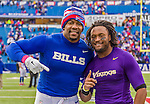19 October 2014: Buffalo Bills tight end Chris Gragg (left) poses with fellow University for Arkansas alumnus, Minnesota Vikings wide receiver Jarius Wright (right) after a game at Ralph Wilson Stadium in Orchard Park, NY. The Bills defeated the Vikings 17-16 in a dramatic, last minute, comeback touchdown drive. Mandatory Credit: Ed Wolfstein Photo *** RAW (NEF) Image File Available ***