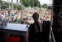 OSASCO,SP - 02.11.20.14 -  FINADOS/MISSA CAMPAL/OSASCO- Foi celebrada nesta manhã de domingos de Finados(02) uma Missa campal no cemitério da Bela Vista no bairro da Bela Vista em Osaco Grande São Paulo. ( Foto: Aloisio Mauricio / Brazil Photo Press )