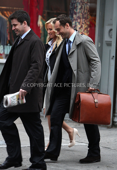 WWW.ACEPIXS.COM . . . . .  ....May 2 2012, New York City....Actor Jude Law was on the set of the new movie 'The Bitter Pill' on May 2 2012 in New York City....Please byline: Zelig Shaul - ACE PICTURES.... *** ***..Ace Pictures, Inc:  ..Philip Vaughan (212) 243-8787 or (646) 769 0430..e-mail: info@acepixs.com..web: http://www.acepixs.com