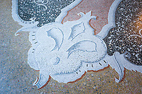 Italy, Piedmont, near Stresa: Isola Bella, one of the five Borromean Islands (Isole Borromee) of lake Lago Maggiore, Palazzo Borromeo, mosaic | Italien, Piemont, bei Stresa: Isola Bella, eine der fuenf Borromaeischen Inseln im Lago Maggiore, Palazzo Borromeo, Mosaik