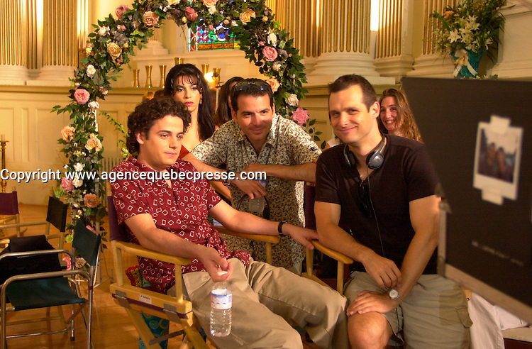 Luke Kerby, actor (L), Steve Galluccio (M) and Emile Gaudreault on<br />  the set of MAMBO ITALIANO ,Directed by Emile Gaudreault and co-written with Steve Galluccio , based on his  theater play.<br /> <br /> The son of Italian immigrants to Canada struggles to find the best way to reveal to his parents that he's gay<br /> <br /> photo : (c)  Images Distribution