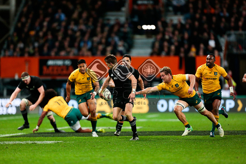 Beauden Barrett makes a break during the New Zealand All Blacks v Australia, Rugby Championship test match, Forsyth Barr stadium, Dunedin, New Zealand. 26 August 2017. Copyright Image: Derek Morrison / www.photosport.nz