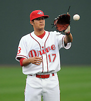 April 5, 2008: Infielder Kristopher Negron (17) of the Greenville Drive, Class A affiliate of the Boston Red Sox, in a game against the Kannapolis Intimidators at Fluor Field at the West End in Greenville, S.C. Photo by:  Tom Priddy/Four Seam Images